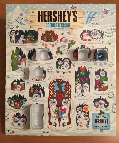 HERSHY'SのAdvent Calendar(本物)の5日目を開けたところ。