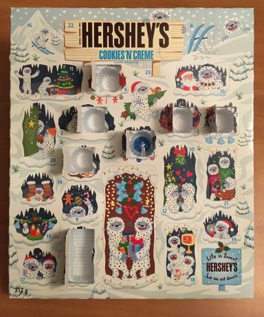 HERSHY'SのAdvent Calendar(本物)の7日目を開けたところ。
